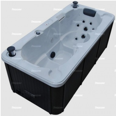 1-2 Person Hot Tub 34